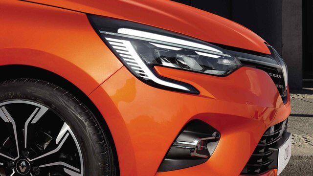 Renault CLIO faruri
