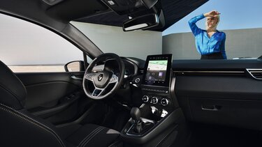 Das Cockpit des Renault CLIO Hybrid