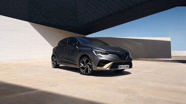 Renault CLIO E-TECH - Oprema