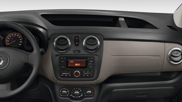 Renault DOKKER - Салон