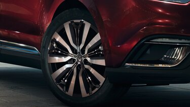Renault ESPACE crossover – Felni