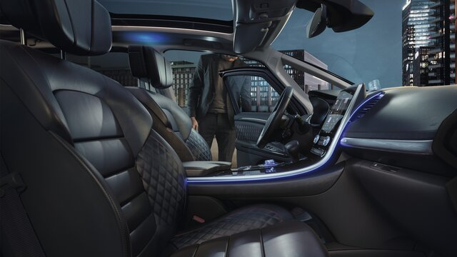 Renault ESPACE INITIALE PARIS binnenkant, lederen zetels