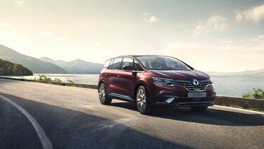 Nowe Renault ESPACE, duży, rodzinny crossover przystosowany do długich podróży.