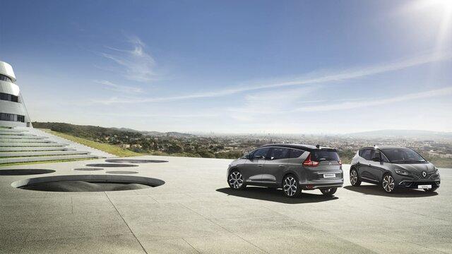 Renault Grand SCENIC unterwegs