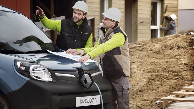 Renault KANGOO Z.E. Dimensions and engines