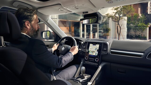 Renault KOLEOS INITIALE PARIS interior em couro