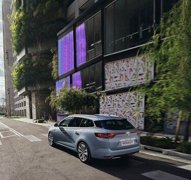 Nieuwe Renault MEGANE Grandtour buitenkant