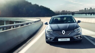 MEGANE Grand Coupe front end exterior