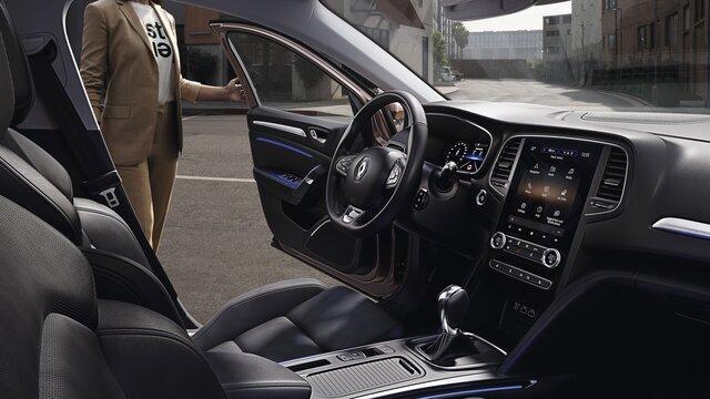 Die neue kompakte Limousine Renault MEGANE