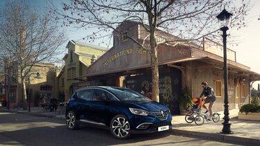 Renault SCENIC exterior lifestyle