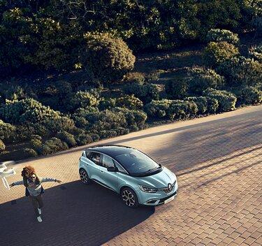 Renault Scénic exterior