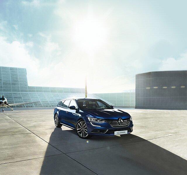 A Renault TALISMAN Grandtour kék színben