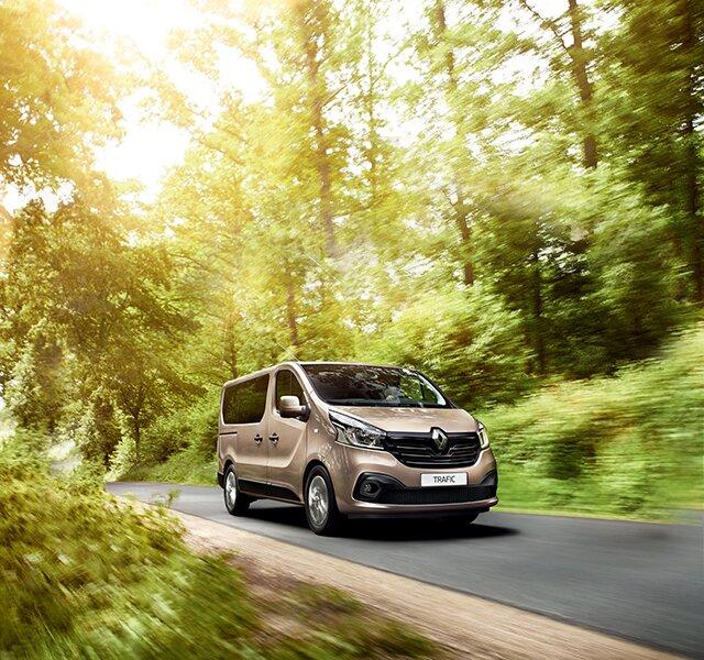 Renault TRAFIC Combi exterior