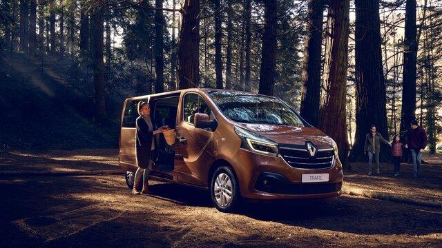 Renault TRAFIC Passenger aussen