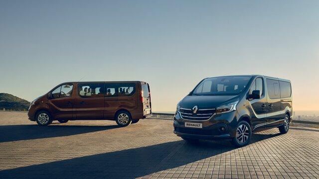 Dodávka a osobní vůz Renault TRAFIC