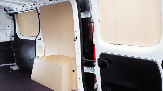 Renault TRAFIC Holz- und Kunststoffverkleidung