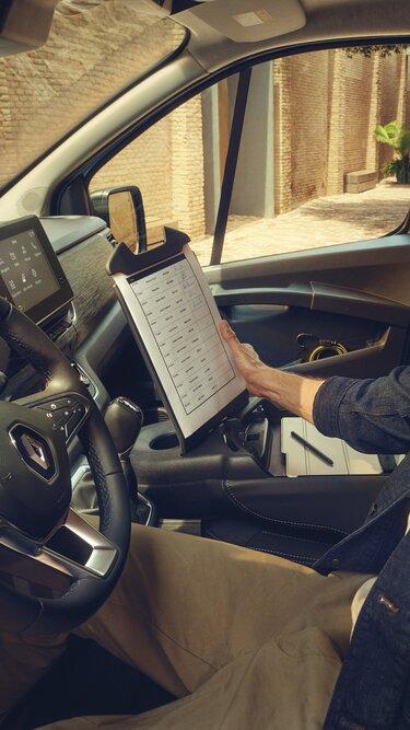 Der Neue Renault Trafic – Mobiles Büro