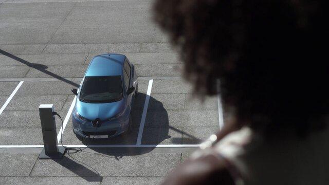 Renault ZOE recharge au travail