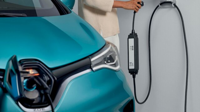 Renault ZOE home socket