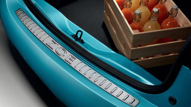 Renault ZOE boot sill