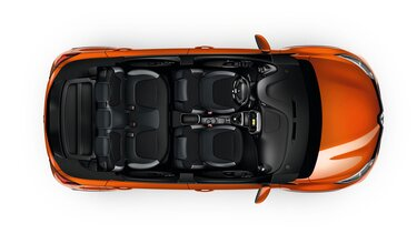 Orange Renault CAPTUR interior