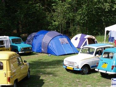 Renault 4 club camping