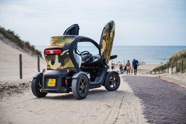 Renault twizy op het strand