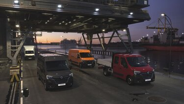 Gama samochodów dostawczych Renault w porcie