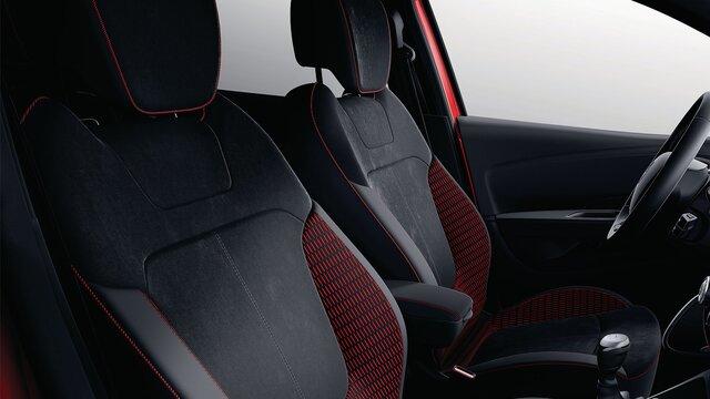 Renault CAPTUR RED EDITION interior