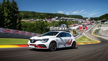 renault r.s. trophy record