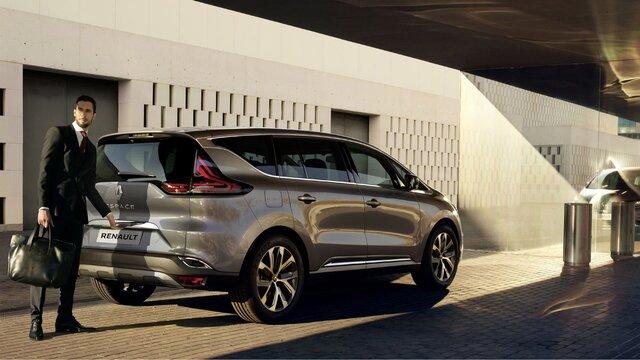 Profesioniști Renault - Oferte de finanțare pentru autovehicule comerciale
