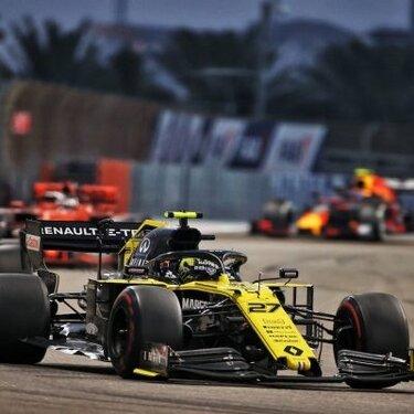 В последней гонке сезона в Абу-Даби Renault F1 Team не смогла заработать очки