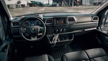 Новый дизайн передней панели Renault Master