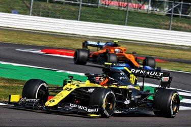 Команда Renault DP World F1 Team заработала четыре очка на Гран-при