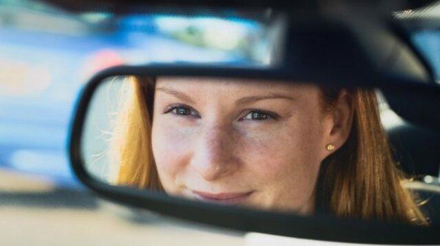 Catrin Åkerlund svarar på frågor om tjänstebilsägande