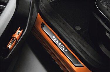 Belysta instegslister Renault