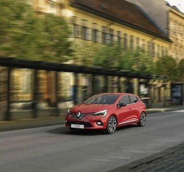 Renault CLIO IFS – zunanjost oranžnega mestnega vozila