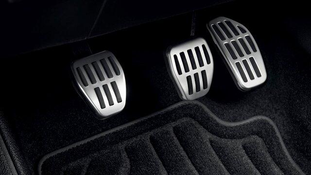 Yeni CLIO Sportif pedallar