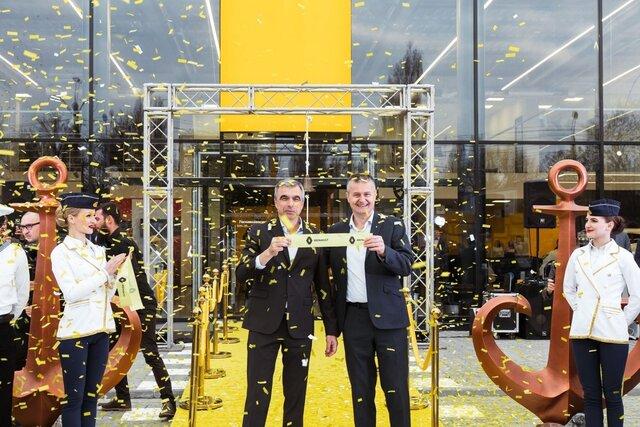 Ласкаво просимо в новий концептуальний дилерський центр Renault Store в Одесі!