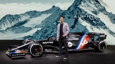 Антоні Віллен, дизайн-директор Alpine.