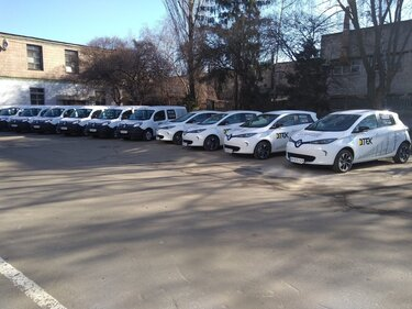 В різних частинах України автомобілі Renault представляли агробізнесу широкий модельний ряд